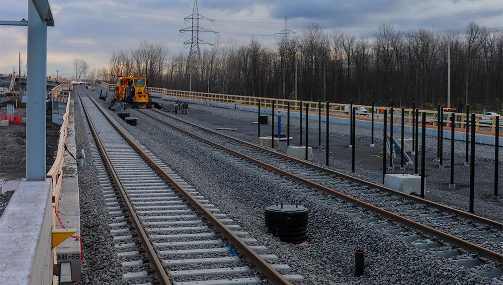 Rails et systèmes électriques